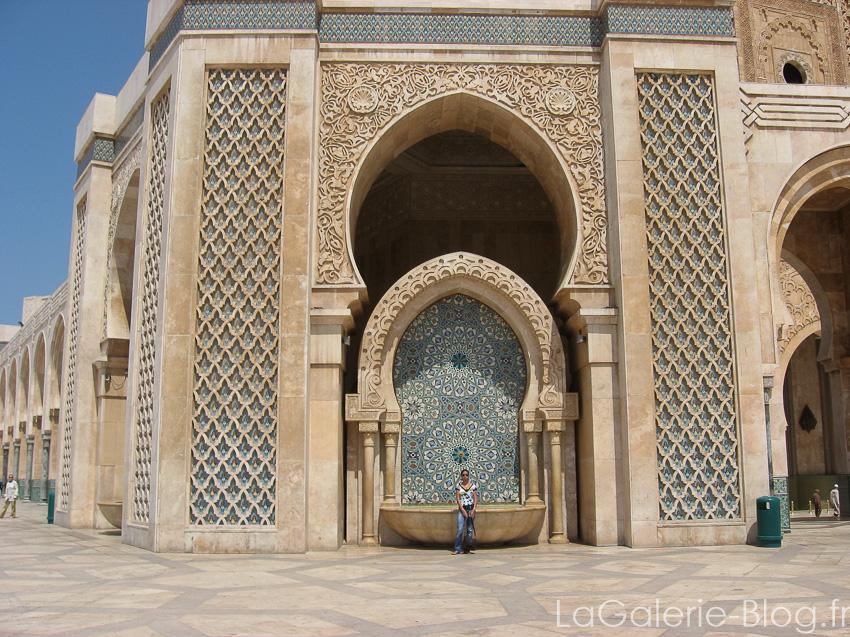 Casablanca immersion dans la vie des marocains la for Mosquee hassan 2 architecture