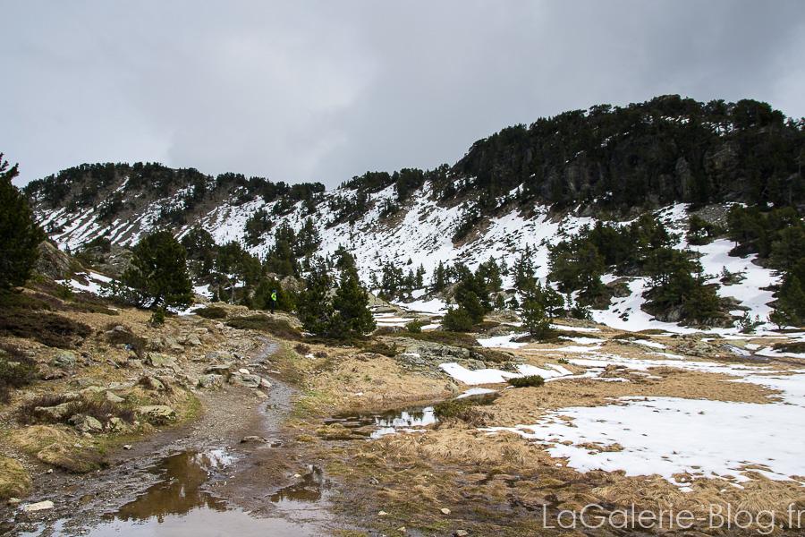 neige et chaine de montagne