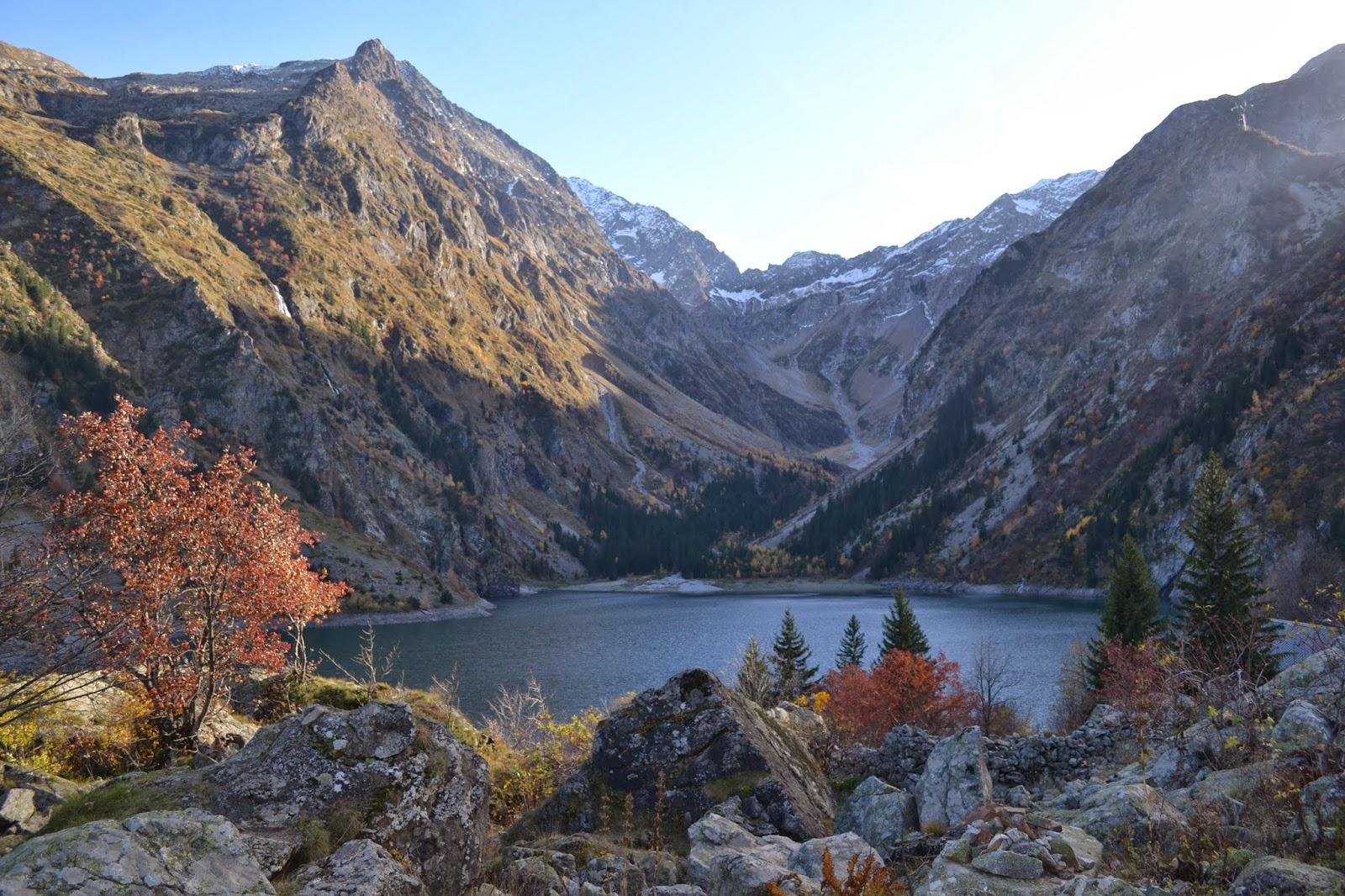 vue sur lac lauvitel randonnée
