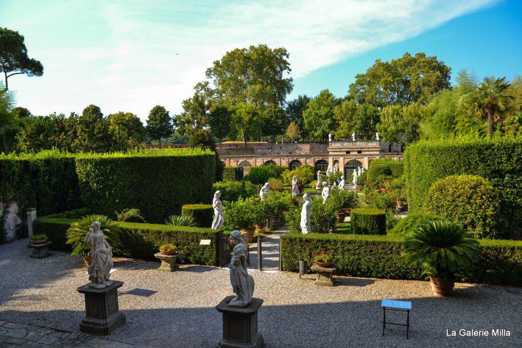 statue du jardin palazzo pfanner