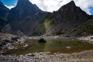 massif au dessus du lac du crozet