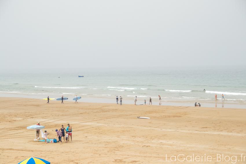 plage et brume au maroc