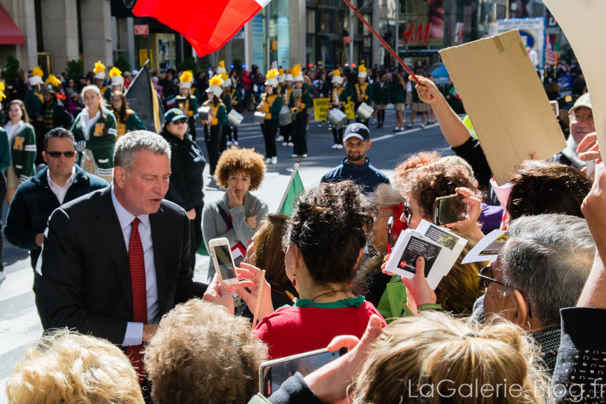 Bill de Blasio talking to demonstrators