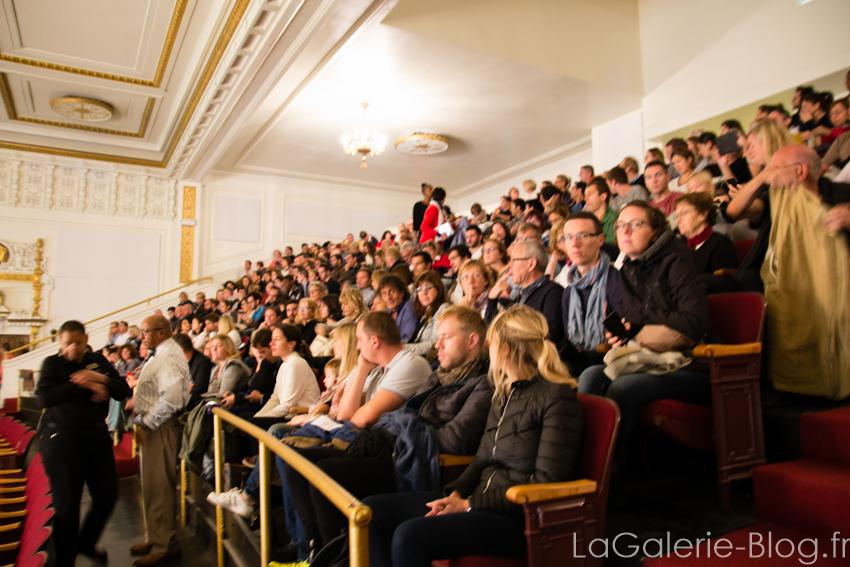 foule pour la messe gospel
