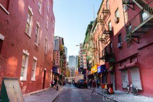 une rue a chinatown