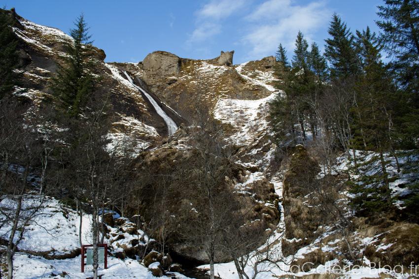 cascade Systrafoss sous la neige