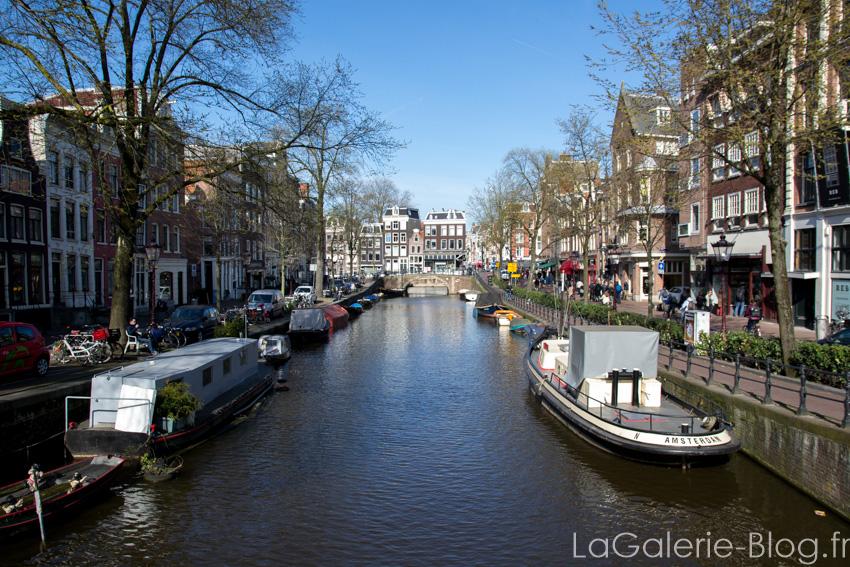 vue sur un canal - amsterdam