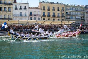 bateaux s'affrontant aux joutes