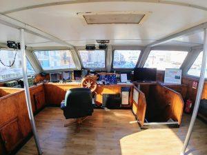 cabine d epilotage bateau